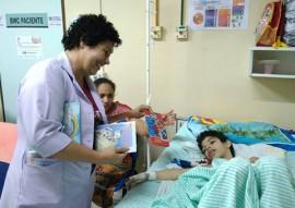 ses contacao de historia na enfermaria do trauma 1 270x191 - Iniciativa do Hospital de Trauma da Capital anima enfermarias pediátricas com a contação de histórias