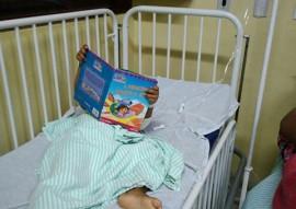 ses contacao de historia na enfermaria do trauma 8 270x191 - Iniciativa do Hospital de Trauma da Capital anima enfermarias pediátricas com a contação de histórias