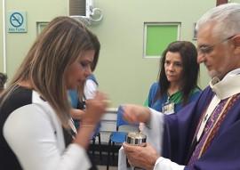ses hospital de trauma recebe missa de natal por dom delson 4 270x191 - Dom Delson celebra missa de Natal no Hospital de Trauma de João Pessoa