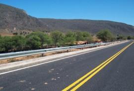 DER implanta defensas em curvas perigosas de rodovias estaduais 1 270x183 - DER implanta defensas em curvas perigosas de rodovias da malha estadual