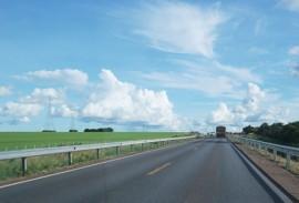DER implanta defensas em curvas perigosas de rodovias estaduais 3 270x183 - DER implanta defensas em curvas perigosas de rodovias da malha estadual