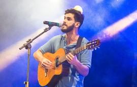 fmpb sousa tom drummond 1 270x173 - Eliminatória de Sousa seleciona seis candidatos para a final do Festival de Música da Paraíba