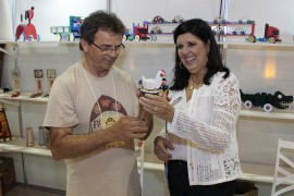 ligia salão1 foto Junior Fernandes 270x180 - Vice-governadora visita Salão do Artesanato e destaca sua importância para os artesãos