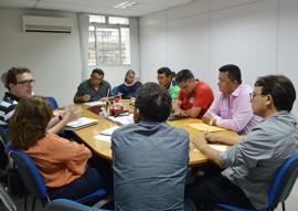 reuniao da secretaria cida ramos e outras autoridades 1 270x191 - Secretários discutem programas e ações de governo com gestores e lideranças políticas