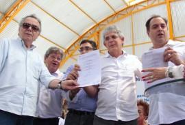 ricardo abre licitacao em sta cruz do capibaribe foto jose marques 3 270x183 - Ricardo assina termo de cooperação com Governo de Pernambuco para construção de adutora