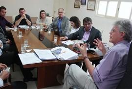 ricardo reunido com natura foto jose marques 2 270x183 - Ricardo se reúne com representantes de institutos que apoiam as Escolas Cidadãs Integrais