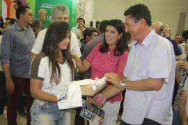 ode catolé4 foto Alberi Pontes 270x180 - Ricardo participa de ODE em Catolé do Rocha, libera créditos e entrega equipamentos para escolas