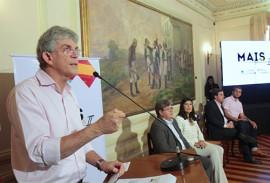ricardo na solenidade de mais trabalho foto jose marques 5 270x183 - Ricardo lança Programa Mais Trabalho 2 e obras representam investimentos de R$ 200 milhões