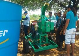 ses procase realiza entrega de equipamento em monteiro 1 270x191 - Procase realiza entrega de equipamentos no município de Monteiro