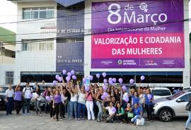 07 03 18 Ação do Dia Internacional da Mulher Foto Alberto Machado 2 270x184 - Campanha destaca valorização e cidadania das mulheres em João Pessoa