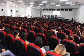 DAN 5859 270x180 - Aula Inaugural do curso preparatório do programa Gira Mundo tem participação de 3 mil estudantes