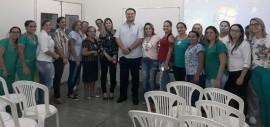 O diretor geral da Maternidade Dr. Umberto Junior e as profissionais da unidade que participaram da palestra 270x127 - Pacientes, funcionárias e acompanhantes da Maternidade de Patosreceberam homenagens pelo Dia Internacional da Mulher