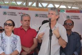 adutora pilões8 foto Alberi Pontes 270x180 - Ricardo entrega adutora que reforça o abastecimento de água em Pilões