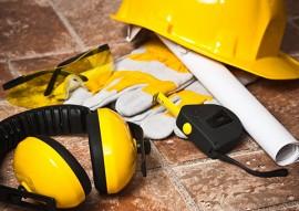 bombeiros prevencao de acidentes no trabalho 2 270x191 - Corpo de Bombeiros orienta sobre prevenção de acidentes de trabalho