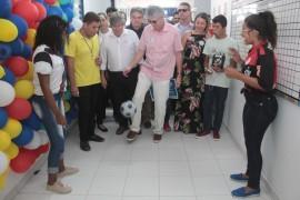 escola portal1 270x180 - Ricardo entrega reforma de escola em Sousa e autoriza restauração de estrada em Bom Jesus