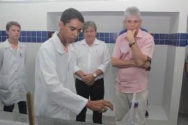 escola portal3 270x180 - Ricardo entrega reforma de escola em Sousa e autoriza restauração de estrada em Bom Jesus