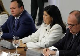 ligia representa gov em reuniao com presidente 1 270x191 - Vice-governadora participa de reunião sobre segurança pública com presidente em Brasília