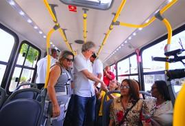 ricardo vistoria onibus do consorcio sta maria jose marques 4 270x183 - Ricardo inspeciona duplicação do acesso ao Aeroporto e acompanha a entrega de novos ônibus em Bayeux