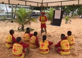bombeiros instrucao de sobrevivencia no mar 131 270x191 - Cadetes do CFO Bombeiros realizam curso de sobrevivência no mar
