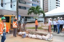 joao azeveto e diretoria da pb ver obras foto walter rafael 9 270x179 - Instalação da rede de distribuição de gás em Brisamar vai beneficiar 2 mil residências e comércios