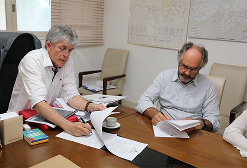 ricardo assina protocolo de intencao cambuci penalty_foto francisco franca (6)
