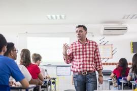 DiegoNóbrega - Escola Técnica de Mangabeira - Reciclagem de Espanhol  (3)