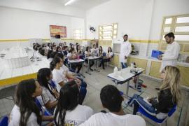 DiegoNóbrega Se Liga no ENEM Campina Grande 8 270x180 - #SeLigaNoEnemPB: 2 mil alunos da Rede Estadual de Ensino participam do evento em Campina Grande