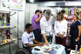 GUARABIRA FEIRA11M 270x181 - Ricardo abre Feira de Empreendedorismo e assina mais de R$ 500 mil em contratos de créditos