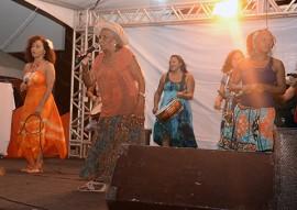 ciranda vo mera na feira de mulheres foto walter rafael 1 1 270x191 - Feira das Mulheres Artesãs do Cendac gera renda e promove o artesanato da Paraíba