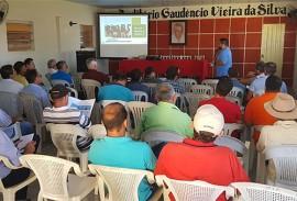 emater e sebrae apoiam a realizacao de oficinas sobre criacao de bovina 2 270x183 - Emater apoia realização de oficinas sobre criação de bovinos no Alto Sertão