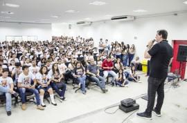 Diego Nóbrega Se Liga no Enem São Bento 4 270x178 - #SeLigaNoEnem:600 estudantes da Rede Estadual de Ensino participam do movimento em São Bento