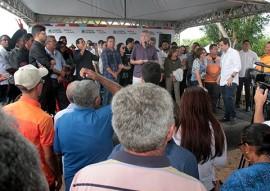 ricardo autoriza adutora em araçagi foto alberi pontes secom pb 3 270x191 - Ricardo autoriza implantação do sistema de abastecimento d'água em distritos de Araçagi