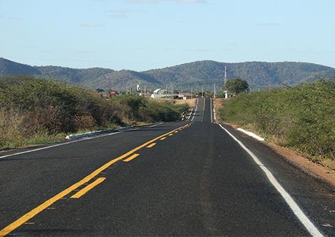 ricardo entrega estrada de bom jesus_foto francisco franca (3)