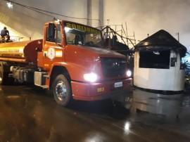 bombeiros cg 270x202 - Corpo de Bombeiros combate incêndio no Parque do Povo e libera espaço para shows neste domingo