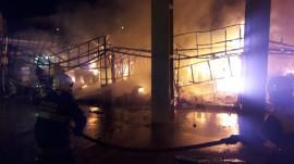 bombeiros cg1 270x151 - Corpo de Bombeiros combate incêndio no Parque do Povo e libera espaço para shows neste domingo