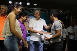 fenemp13 foto Francisco França 270x180 - Ricardo abre Feira de Negócios e Empreendedorismo em Picuí e assina mais de R$ 600 mil em contratos