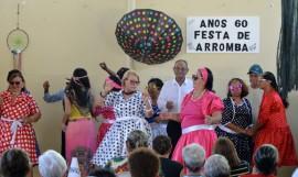 24 10 18 Anos 60 Festa de Arromba no CSU de Mandacaru Foto Alberto Machado 33 270x161 - Idosos participam de atividades culturais no CSU de Mandacaru