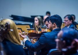 OSPB concerto violinista americano foto thercles silva 3 270x191 - Orquestra Sinfônica da Paraíba apresenta concerto com violoncelista americana como solista