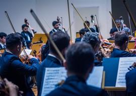 OSPB concerto violinista americano foto thercles silva 4 270x191 - Orquestra Sinfônica da Paraíba apresenta concerto com violoncelista americana como solista