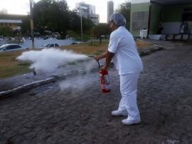 20181106 170618 270x202 - Equipe da Nutrição do Hospital de Trauma recebe treinamento contra princípio de incêndio