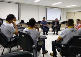 fundac jovens recebem certificado no curso de manutencao de microcomputadores