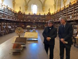 ricardo espanha7-visita biblioteca