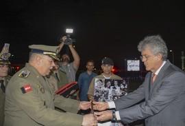 governador ricardo condecorado pela policia_foto walter rafael