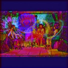 malacares 270x270 - Projeto Cambada fecha 2018 com apresentação do trio Malacares