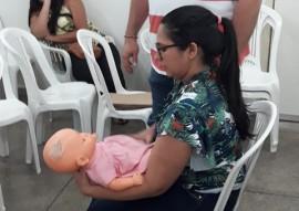 ses Profissionais da Mat de Patos treinamento com pais sobre engasgamento de bebe 5