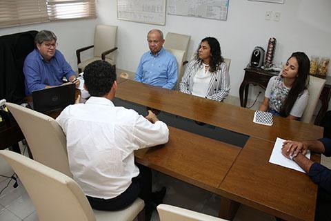 23_01_19 Reunião com os patrocinadores da escola cidadã integral (3)