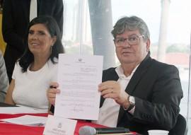 joao assinatura de decreto foto francisco franca (3)